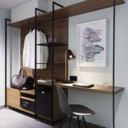 ATEPAA® LUND™ – Linea di mobili moderna per una camera d'hotel